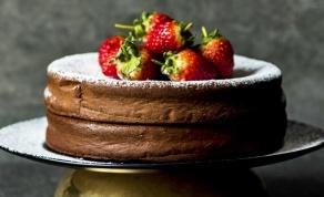 עוגת שוקולד נהדרת עם 2 מרכיבים בלבד - צפו: עוגת שוקולד נהדרת מ-2 מרכיבים בלבד