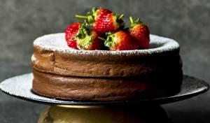 עוגת שוקולד נהדרת עם 2 מרכיבים בלבד