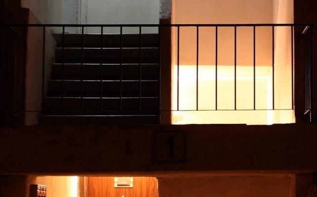 חדר מדרגות בבני ברק. אילוסטרציה