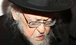 """""""הרב אלישיב חושב כי תופעת הבאבות היא סכנה ליהדות"""""""