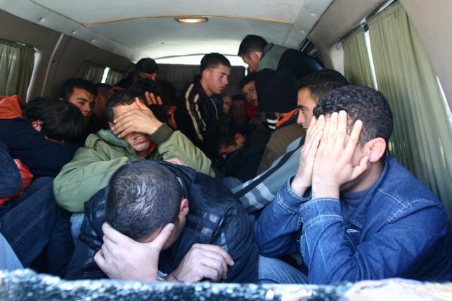 """בני ברק: 51 שב""""חים נעצרו במבצע לילי"""