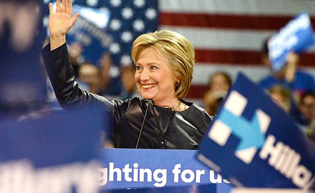 """סאטמר למען הילרי קלינטון: """"סייעה לנו; טראמפ ציוני מדי"""""""