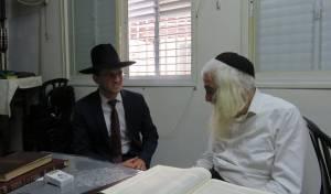 אסיר 'הפלג' התקבל בבתי הרבנים • תיעוד