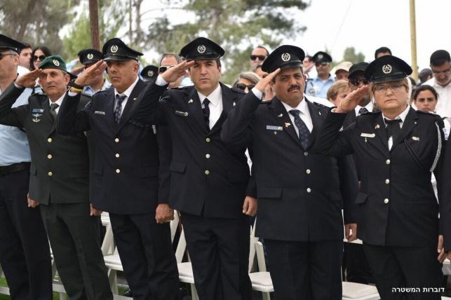 טקס  המשטרה ליום הזיכרון בהר הרצל. צפו