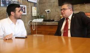 """הראיון עם מנכ""""ל הכנסת"""