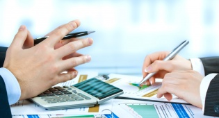 הלקוח התחייב לשלם דמי תיווך לחברת ההשקעות? אילוסטרציה - הלקוח התחייב לשלם תיווך לחברת ההשקעות?