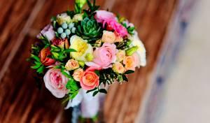 זר פרחים שחי לאורך ימים