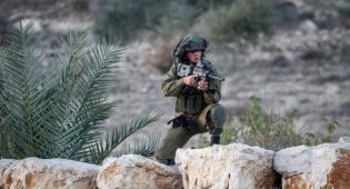 """אילוסטרציה - בפעילות לילית: חייל צה""""ל נפצע קל מאבן"""