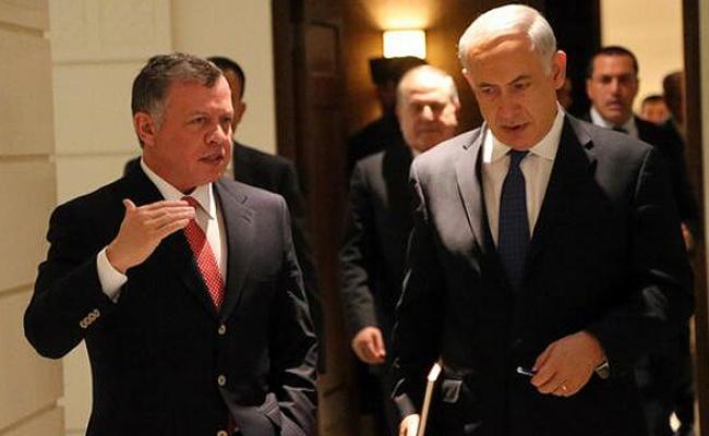 גורם בכיר יצא לירדן; ישראלים עדיין נצורים בתוך השגרירות