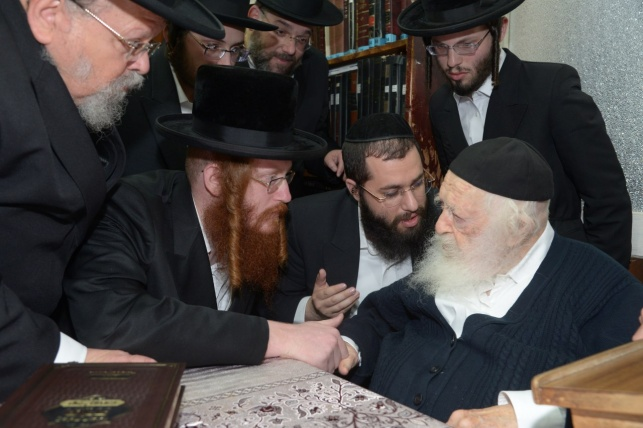 """האדמו""""ר מקאליב בביקור אצל גדולי ישראל"""