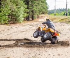 עם הגלגלים באוויר: החשוד נתפס נוהג בפסילה