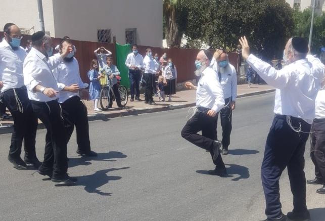 ריקודים במודיעין עילית. אילוסטרציה, למצולמים אין קשר לתוכן הידיעה
