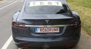 """רכב הניסוי של הבלגים - שיא לרכב הטסלה: 901 ק""""מ בטעינה אחת"""