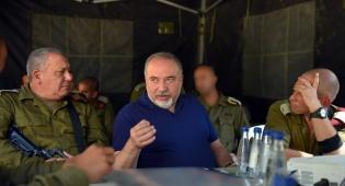"""ליברמן: צה""""ל הכוח הכי חזק במזרח התיכון"""