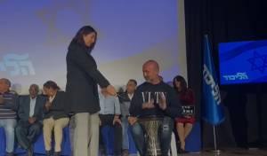 אחרי יועז הנדל: דרבוקה בקמפיין הליכוד