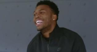 בשידור: השחקן לא הפסיק לצחוק