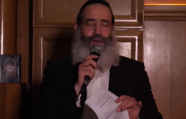 הרב יצחק פנגר בשיחת חיזוק לט' באב • צפו