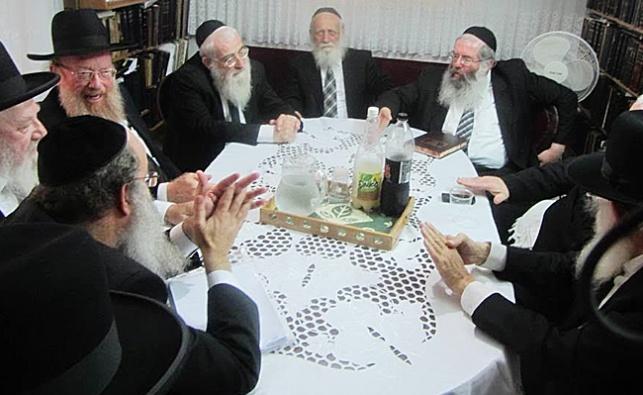 ועדת הרבנים לענייני חינוך