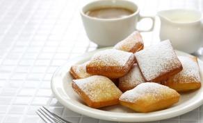 מתכון לבֶּנְיֶיה בציפוי אבקת סוכר