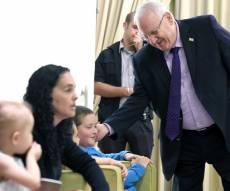 """הנשיא ריבלין עם הורי הילדים - """"אין פתרון מלבד השבת הרופאים להדסה"""""""