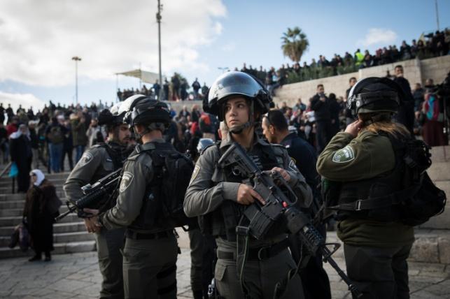 """הפגנות אלימות בערים הערביות: כ-3000 מתפרעים ביו""""ש"""