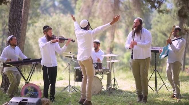 להקת 'אהללה' במחרוזת שירי שבת