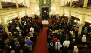 """הקהילות הקונסרבטיביות בתפילה בביהכ""""נ בפיטסבורג"""