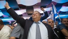 בפער קטן: ראש העיר ירושלים - משה ליאון