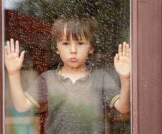 6 סימנים לכך שהילד שלכם יכול להשאר לבד בבית