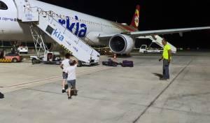 הילד התעלף בטיסה; המתנדב החרדי טיפל בו