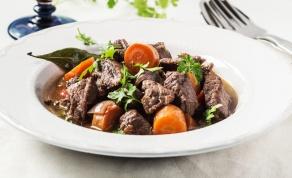 מרק בשר וירקות לסעודה מפסקת - להיכנס מחוזקים לצום עם מרק בשר נהדר