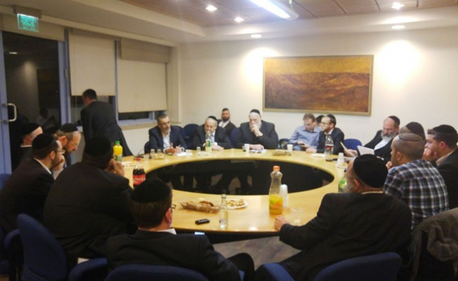 נמאס להם: הנציגים החרדים בי-ם נגד ברקת