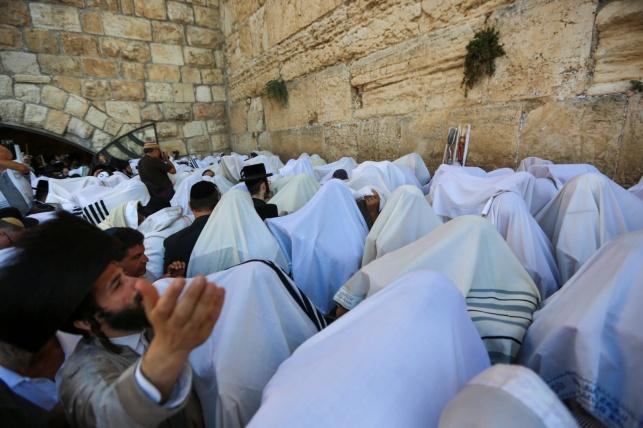 גם השנה: ברכת הכהנים בכותל - תתקיים