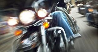 """רוכב אופנוע נתפס כשהוא נוסע במהירות של 188 קמ""""ש"""