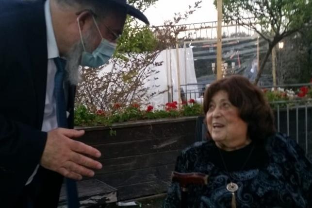 הרבנית אזרחי עם הרב חנניה צ'ולק, בשבוע שעבר
