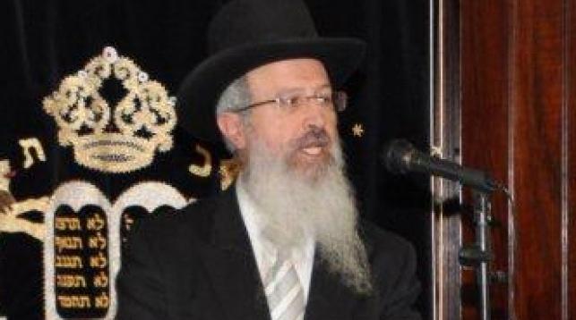 הרב אברהם יוסף בדרשתו
