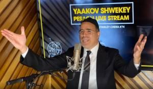 שידור חוזר: יעקב שוואקי במופע ביתי מרגש