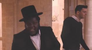 אבי קראוס והראפר ניסים בלאק בשיר לשבת