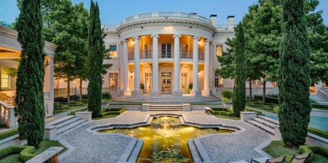 הבית הלבן - שתי טיפות מים, מינוס הלחץ והחובות הפוליטיים