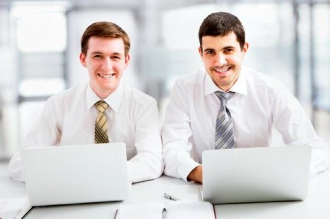 הטיפים: כך תהיו מאושרים בעבודה