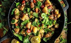 תפוחי אדמה מוקפצים עם גמבה ופטריות - נמצאה התוספת שהולכת עם כל עיקרית