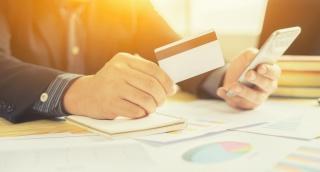 אילוסטרציה - האשראי בוטל, הגנבים חזרו לשלם במזומן