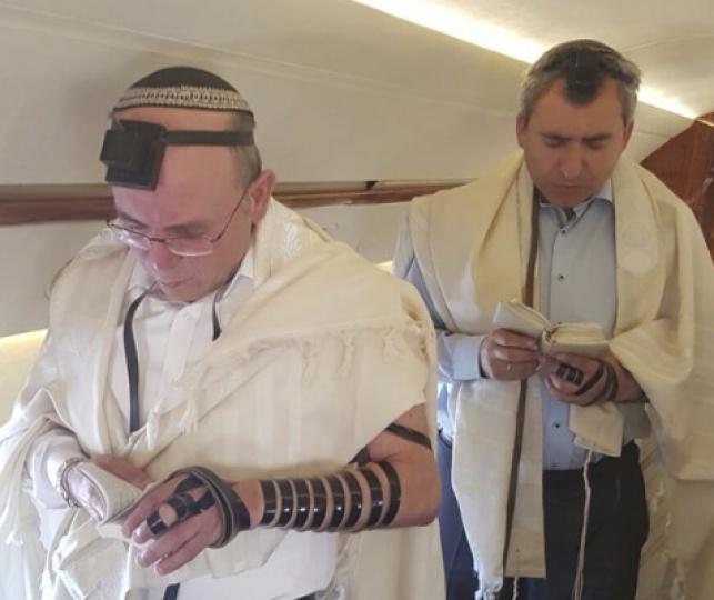 אלקין ובן שבת בתפילת שחרית