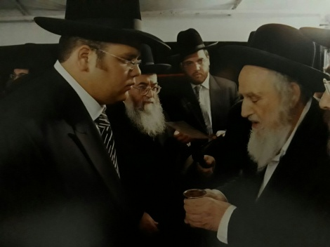 """הגר""""ש זצ""""ל בחתונת הרב בורודיאנסקי - """"זה דודי"""" // הרב אברהם בורודיאנסקי"""