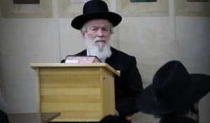 הגאון הרב יצחק זילברשטיין סופד