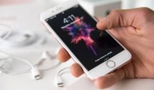 רק באוקראינה: אייפון 7 קיבל אייפון 7