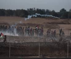 בגבול: רימונים ומטענים לעבר הלוחמים. צפו