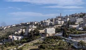 כוחות גדולים הורסים מבנים במזרח ירושלים