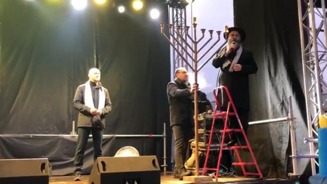 מדליקים את אודסה: ההדלקה במרכז העיר