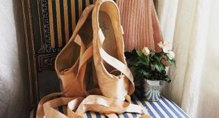נעלי בלט. כולן רוצות זוג אחד לפחות - עתידות: בסתיו הקרוב יהיה לך זוג נעלי בלט